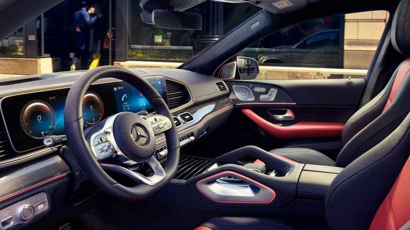 Mercedes-Benz GLE - Design degli interni.jpeg