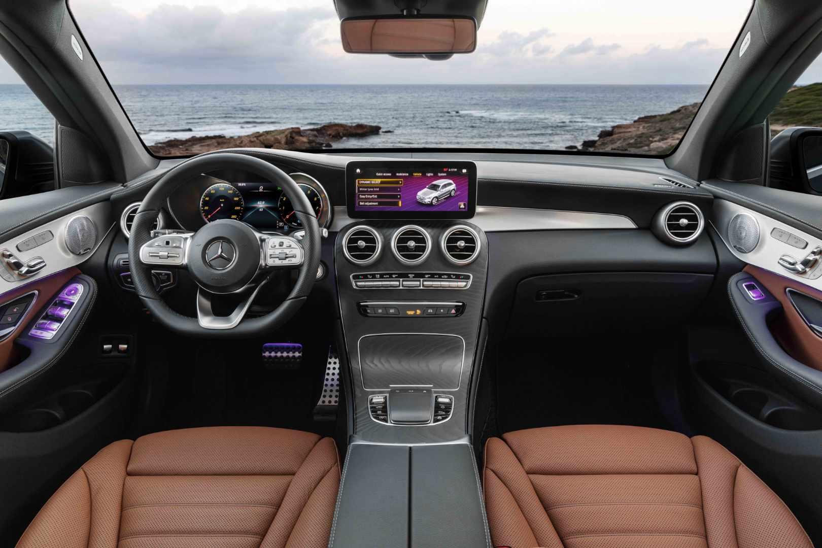 Mercedes-Benz_Nuovo_GLC-2.jpg