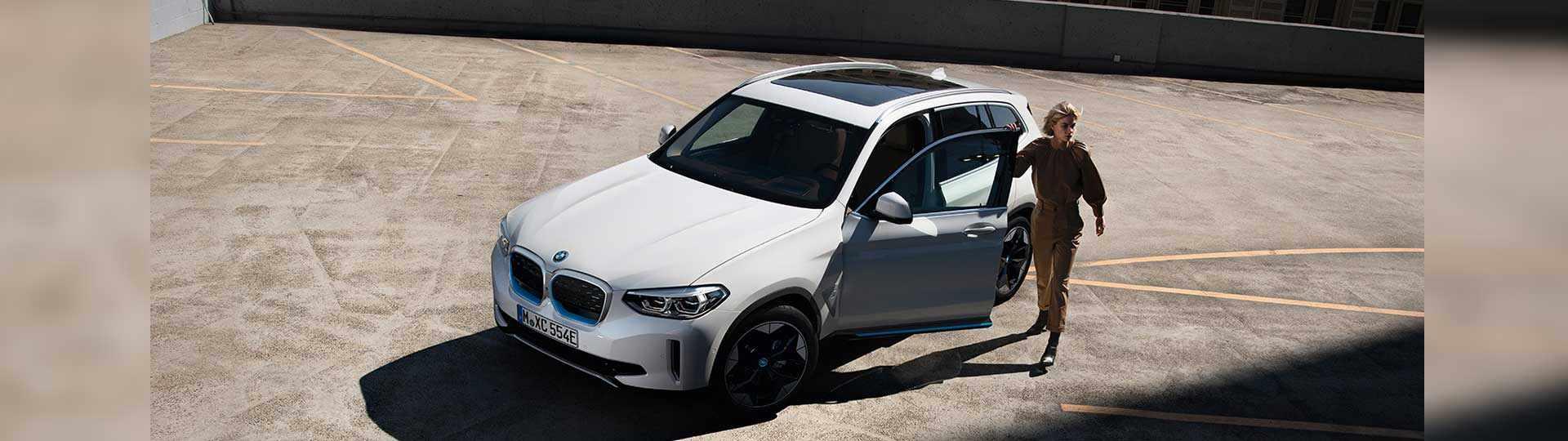 BMW-iX3-min.jpg
