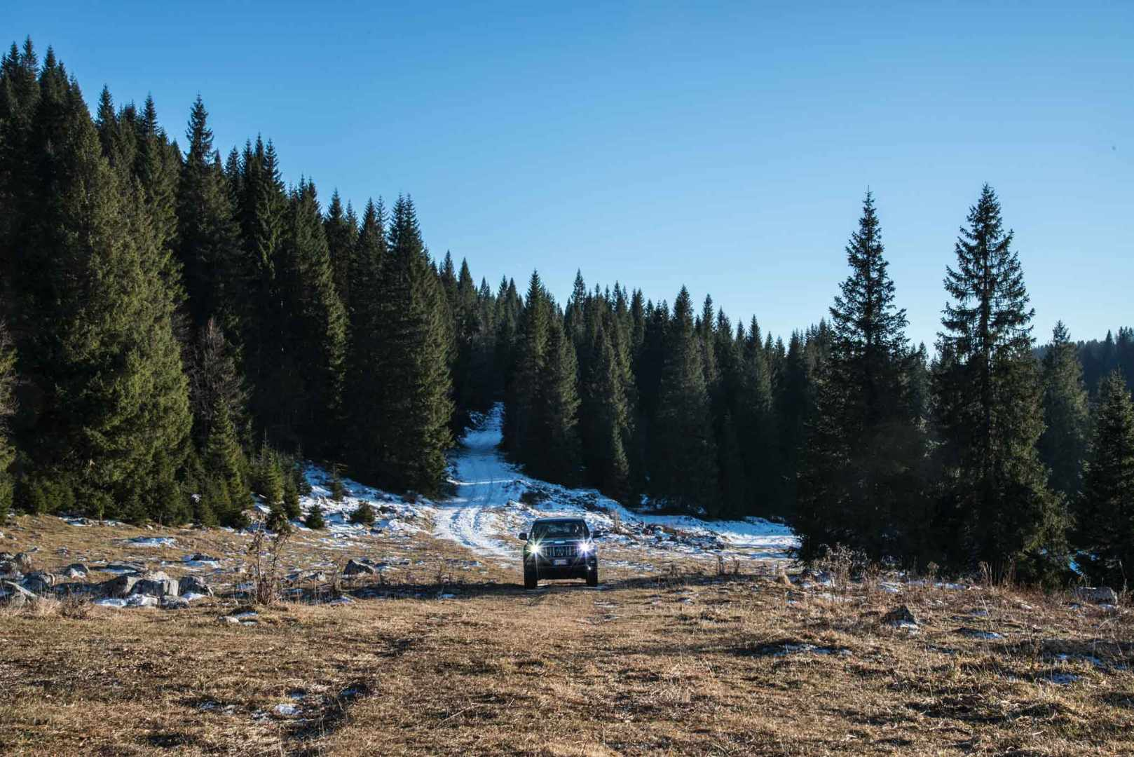 Escape On Wheels - Toyota Land Cruiser-10.jpg