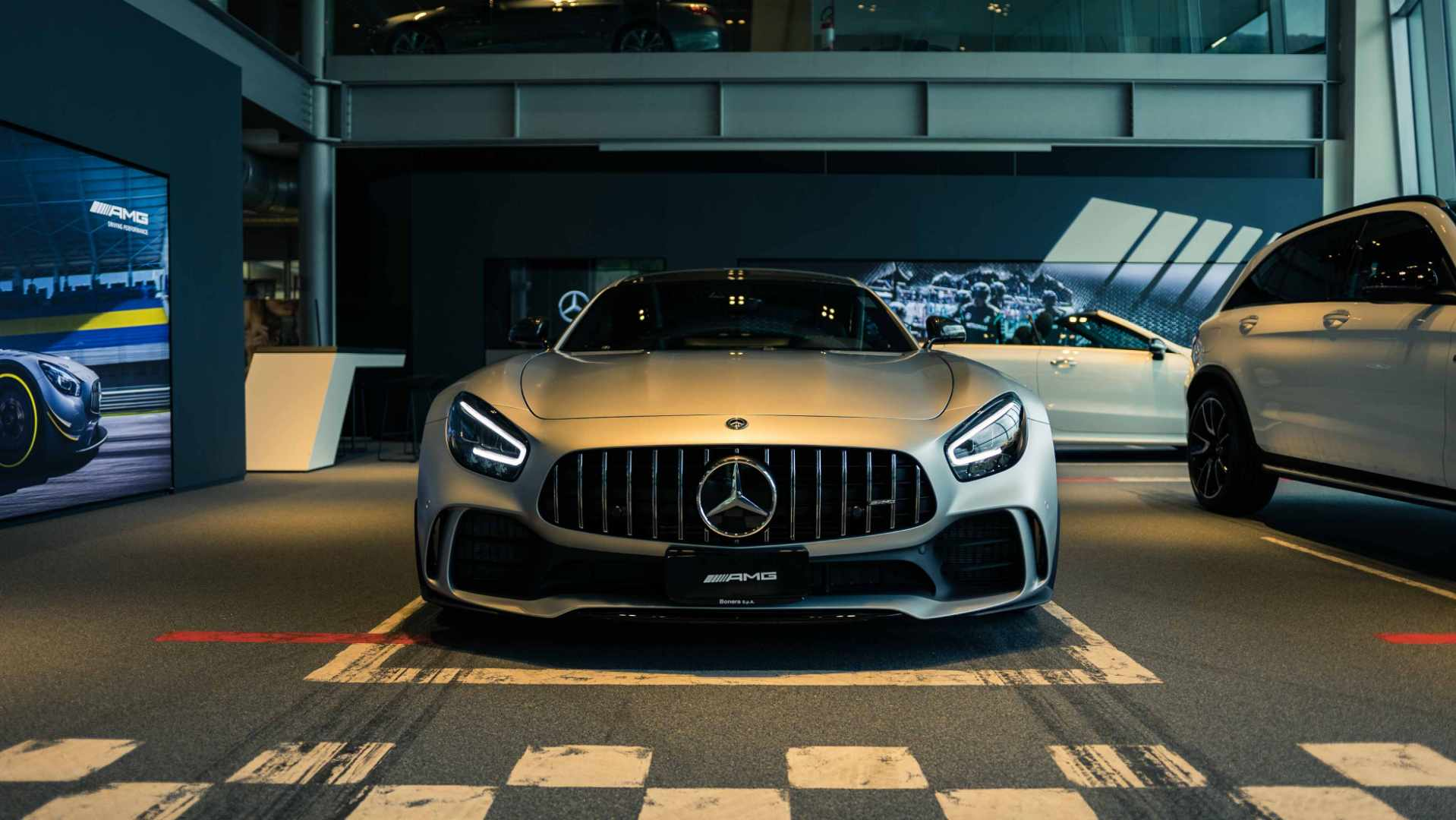 AMG Performance Center Bonera