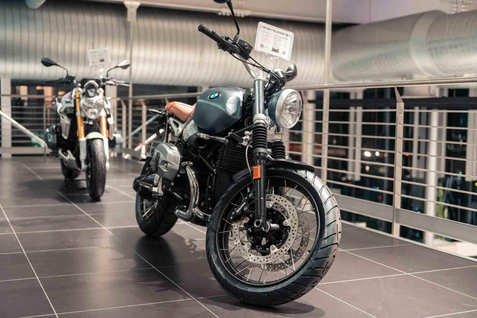 BMW Motorrad - Dinamica - Brescia-2.jpg