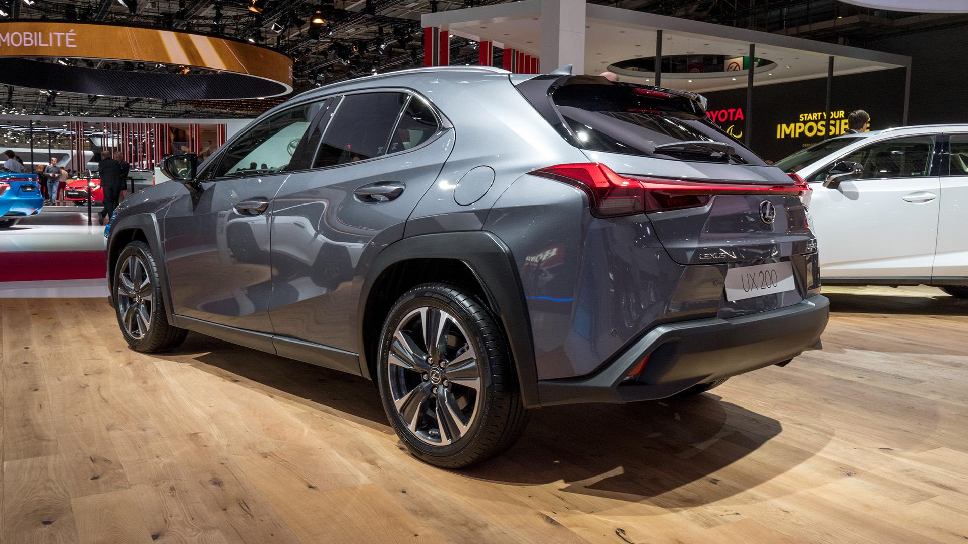 Lexus_UX_Parigi_2018_01