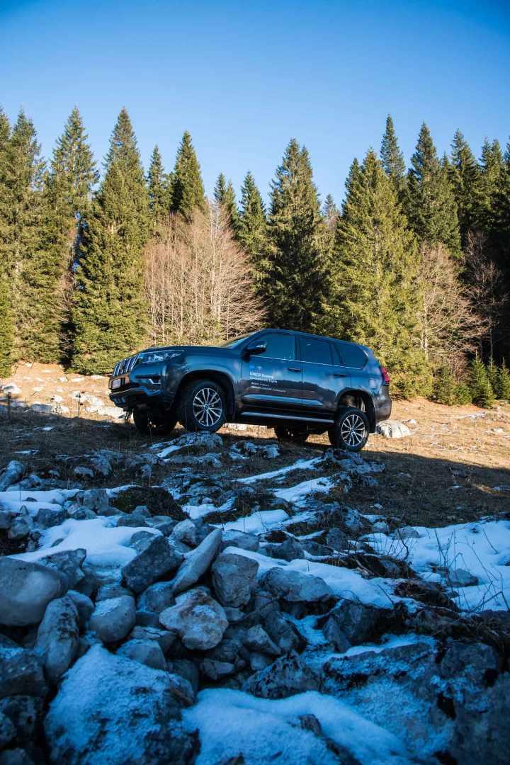 Escape On Wheels - Toyota Land Cruiser-6.jpg