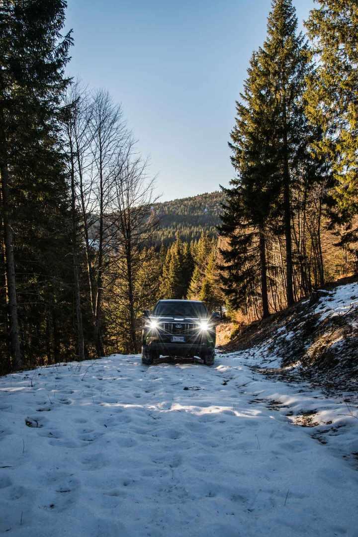 Escape On Wheels - Toyota Land Cruiser-14.jpg