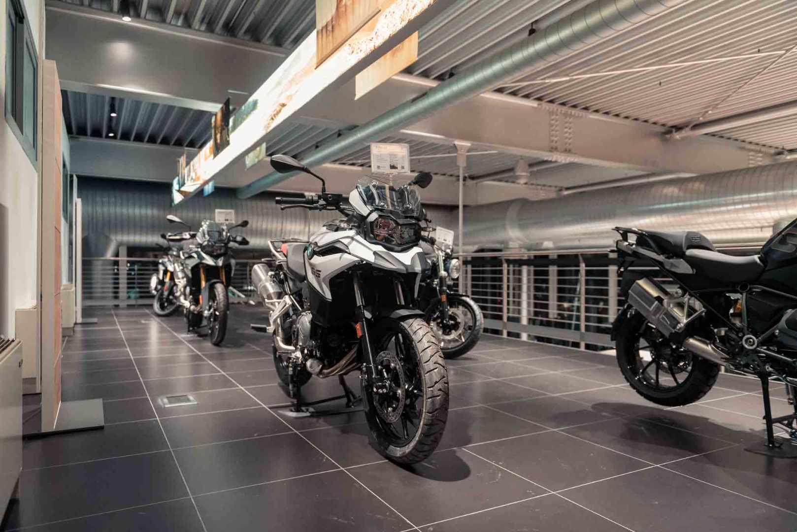 BMW Motorrad - Dinamica - Brescia-1.jpg