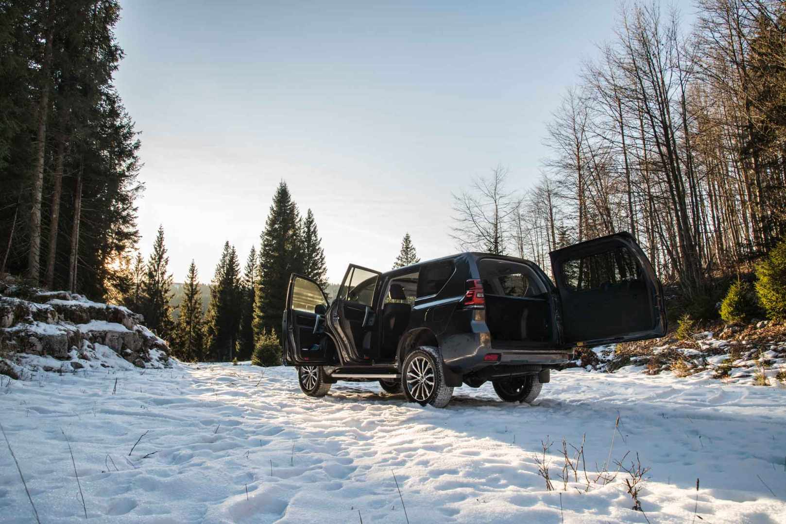 Escape On Wheels - Toyota Land Cruiser-24.jpg