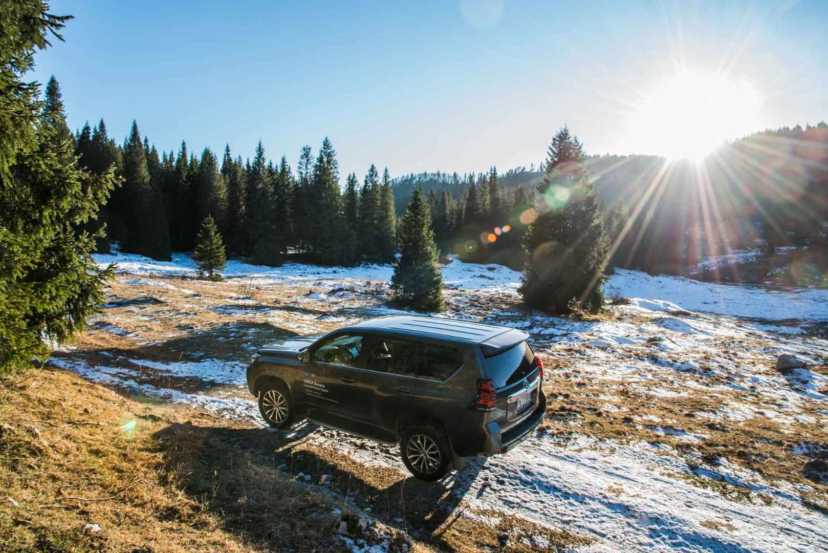 Escape On Wheels - Toyota Land Cruiser-4.jpg