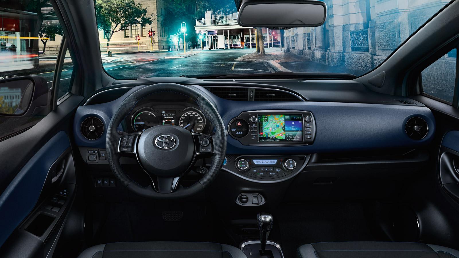 Toyota_Yaris_03.jpg